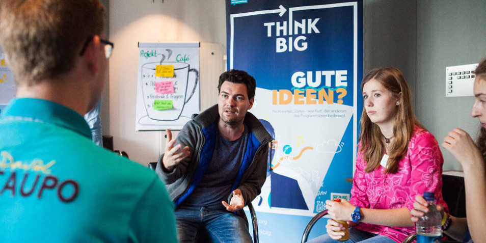 Think Big Projektteams stellen sozial-digitale Ideen vor